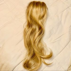 Accessories - Blonde extensions clip on ponytail